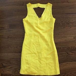 Yellow Banana Republic Mini Dress fits size 0-2